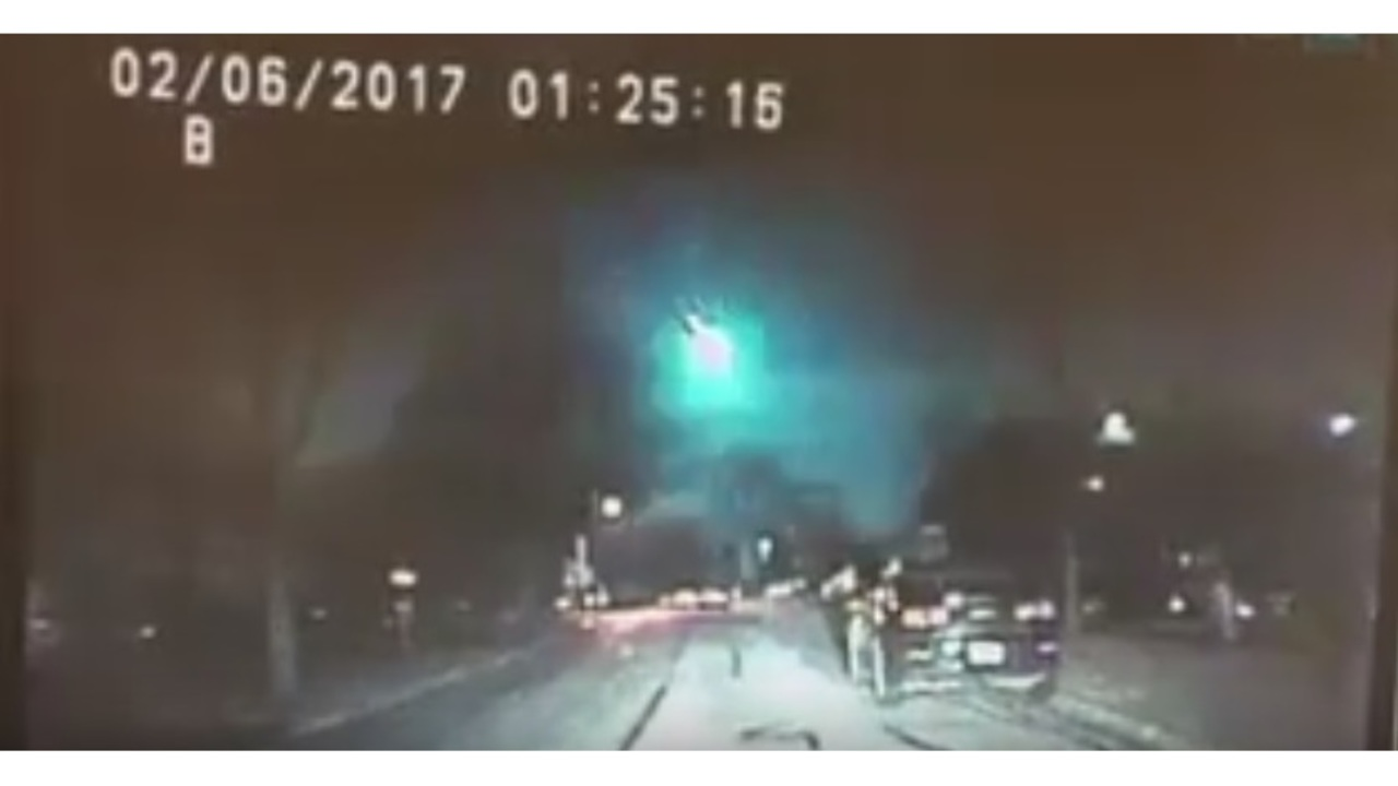 VIDEO: Meteor flashes across Midwest early Monday