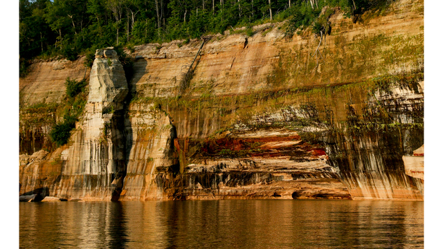 Pictured Rocks_380998