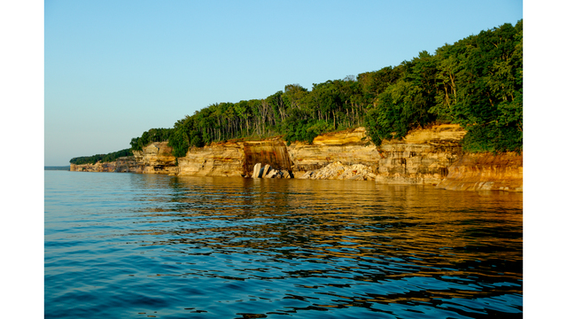 Pictured Rocks_381021