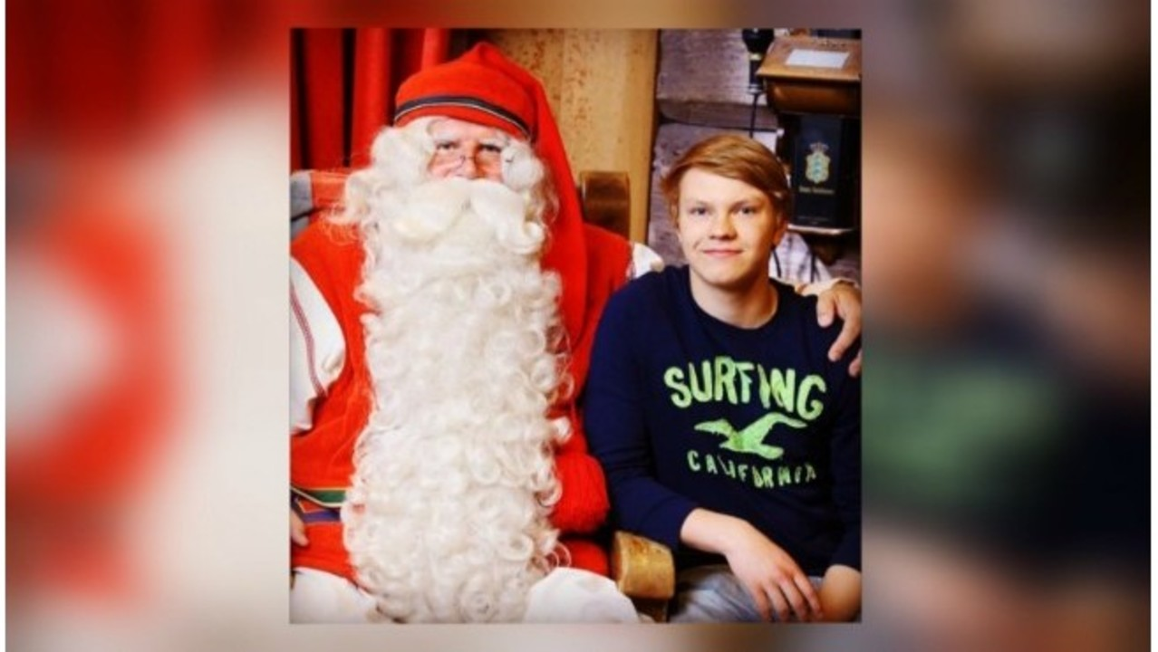 Grand Rapids Griffin shares close bond with Santa Claus ceed856961