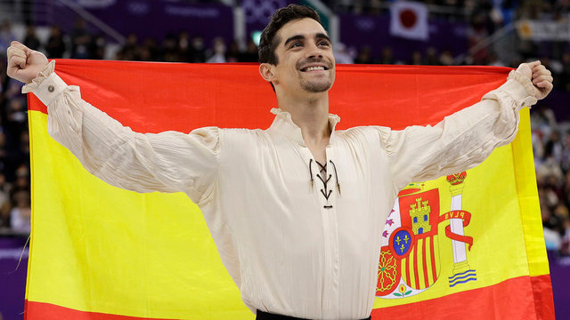 Spain's two new Winter Olympics medalists return home