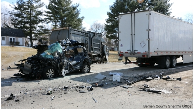 Man trapped, seriously hurt in 3-vehicle crash