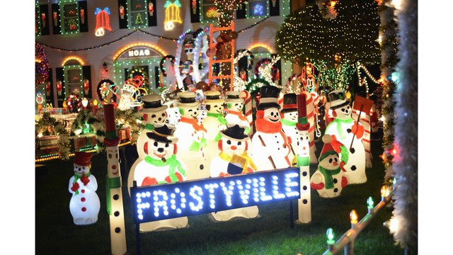 Get into the holiday spirit: The Great Christmas Light Fight
