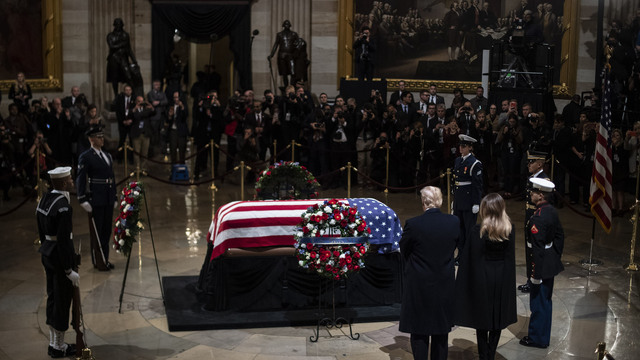 President George HW Bush lies in state 120318 Getty_1543892163458