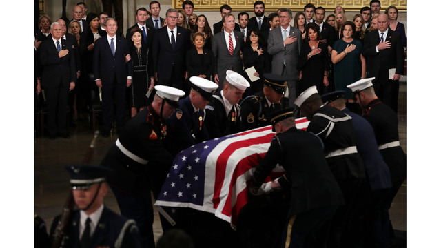 President George HW Bush lies in state 120318 Getty.jpg_1543892166091