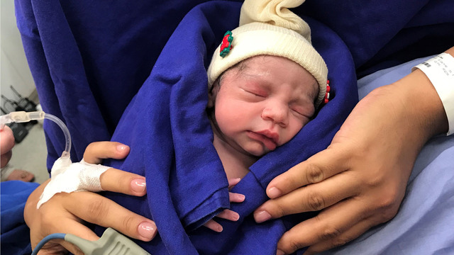 Baby born of uterus transplanted from late donor