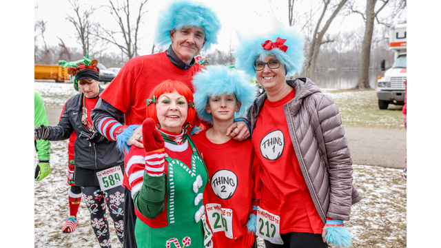 NOT SIZED Whoville 5K Grand Rapids 120918_1544473485117.jpg