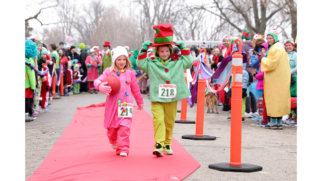 NOT SIZED Whoville 5K Grand Rapids 120918_1544473514535.jpg