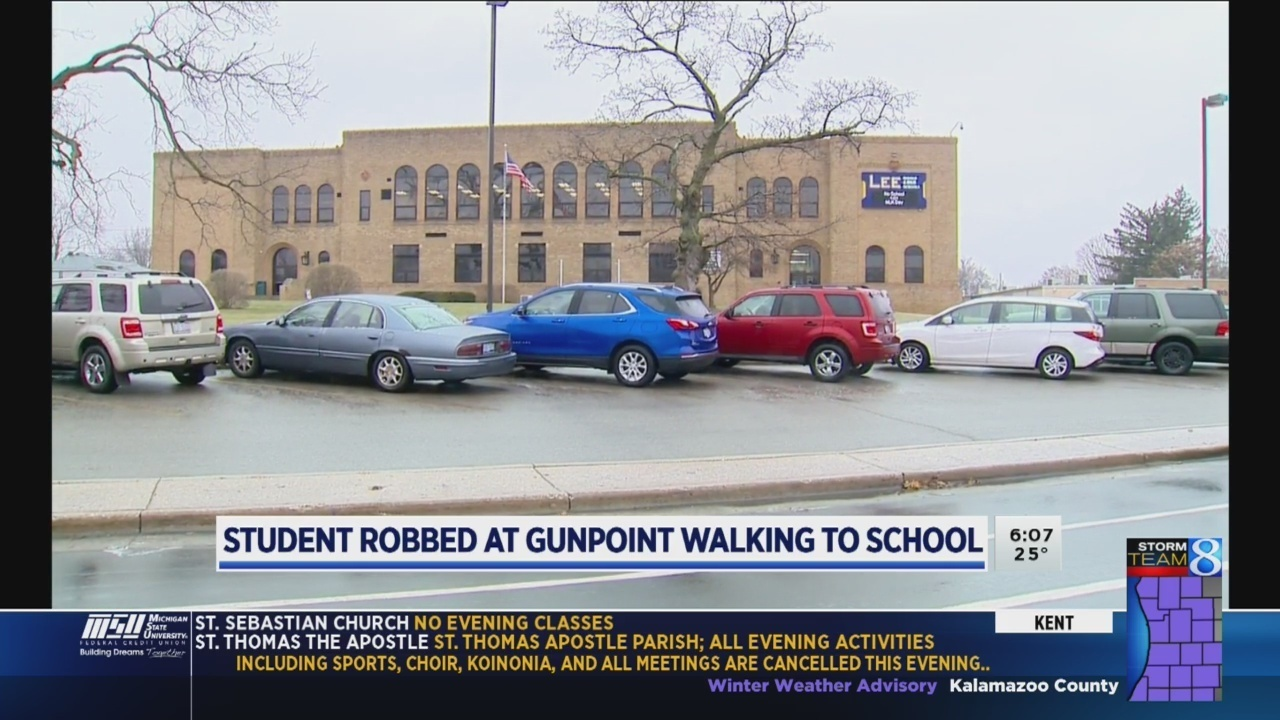 Lee Hs Student Robbed At Gunpoint While Walking To School