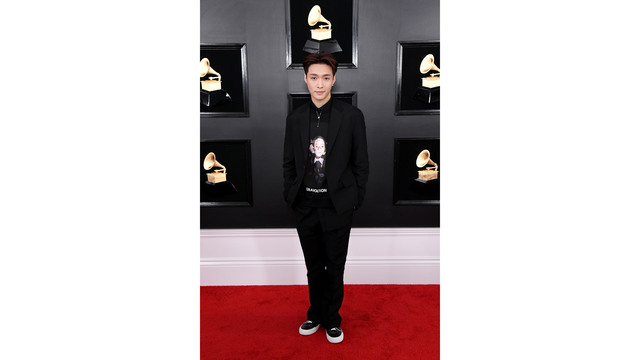 NOT SIZED grammy awards lay zhang 021019_1549842193622