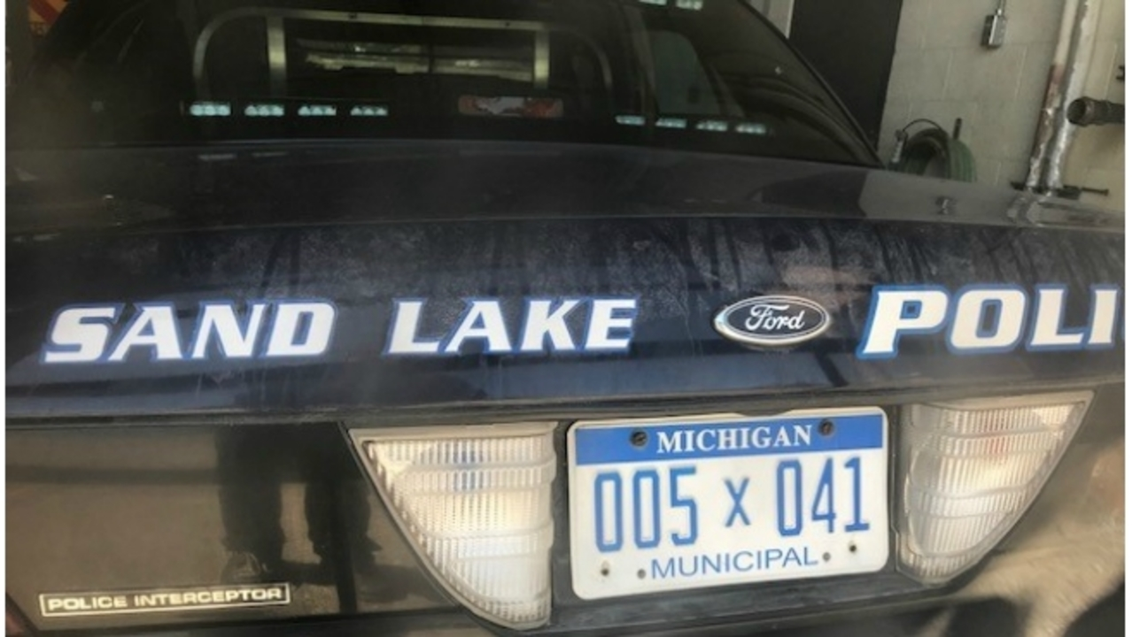 Sand Lake shuts down police department