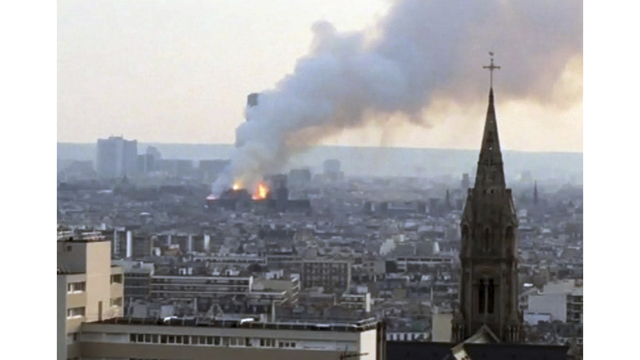 NOT SIZED Notre Dame Cathedral fire 041519 AP_1555372991062