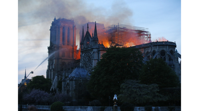 NOT SIZED Notre Dame Cathedral fire 041519 AP_1555373002924