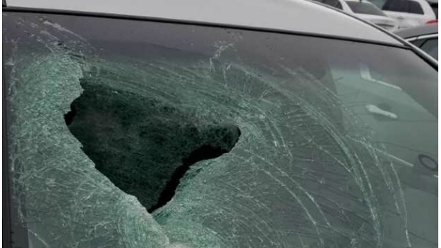 Woman counts blessings after trailer hitch shatters windshield