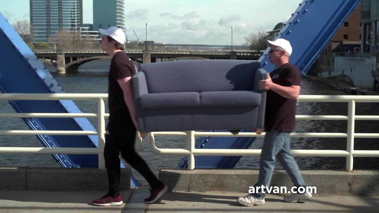 Art Van Furniture Is Encouraging Others To Donate